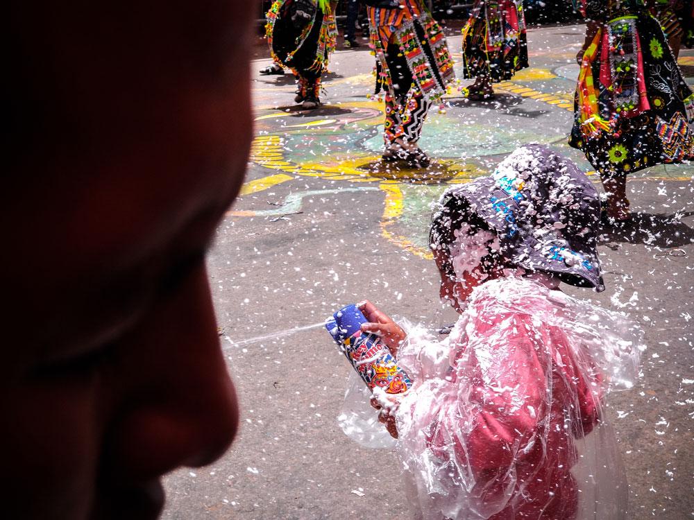 équilibre photo enfant festival bolivie